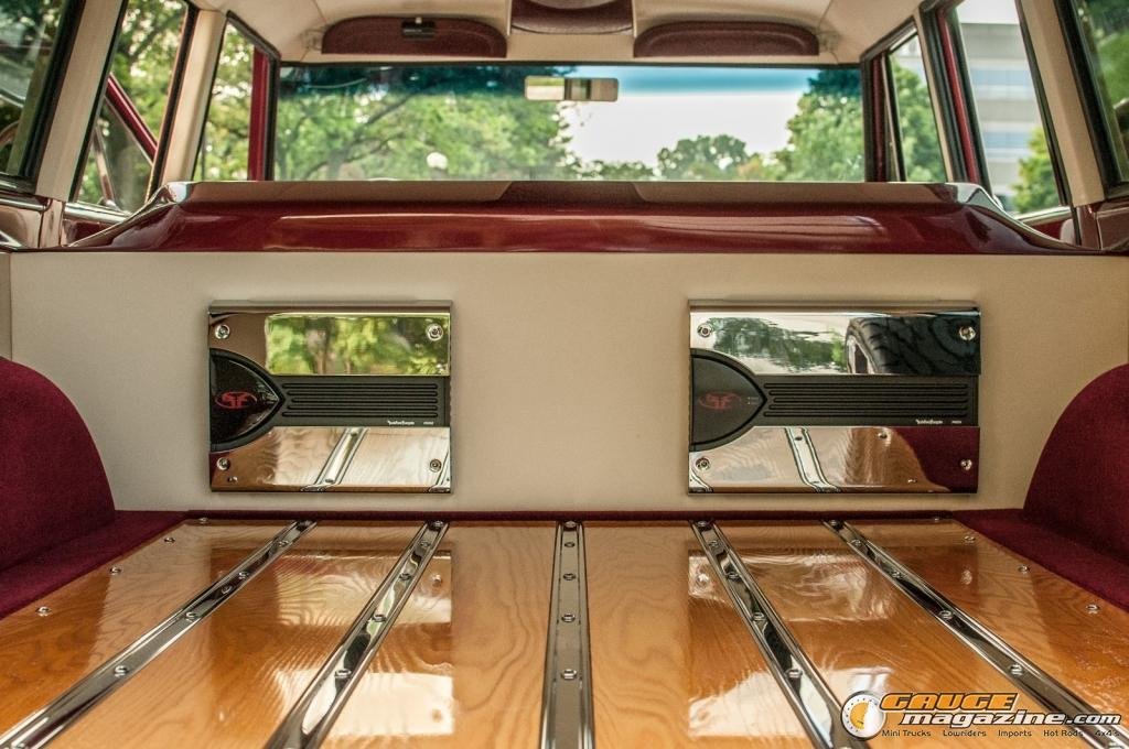 Custom Chevy Suburban Gauge