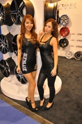 hotties and girls of SEMA 2012