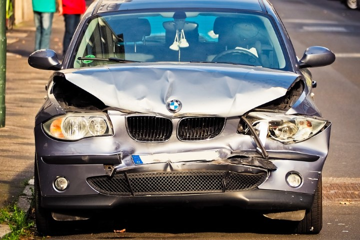 7 Steps to Take After Being Involved in a Car Wreck - Gauge Magazine