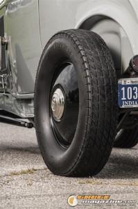 1932fordroadsterwillythrump-7 gauge1383233088