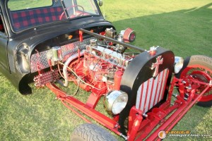 1947-chevy-rat-rod-dually-douglas-denham-30 gauge1409673799