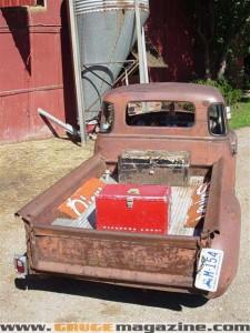 GaugeMagazine 1951 Chevy 005a