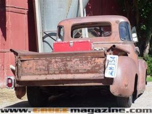 GaugeMagazine 1951 Chevy 008