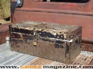 GaugeMagazine 1951 Chevy 012