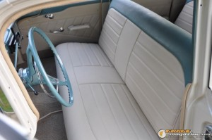 1959-chevy-wagon-on-air-suspension-rusty-town gauge1420230144