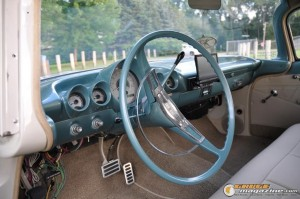 1959-chevy-wagon-on-air-suspension-rusty-town gauge1420230147