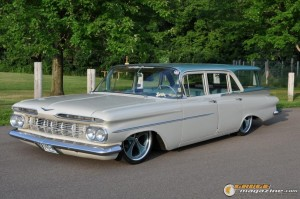 1959-chevy-wagon-on-air-suspension-rusty-town gauge1420230150