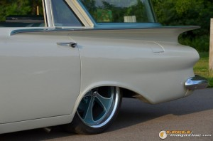 1959-chevy-wagon-on-air-suspension-rusty-town gauge1420230152