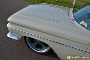1959-chevy-wagon-on-air-suspension-rusty-town gauge1420230157