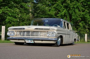 1959-chevy-wagon-on-air-suspension-rusty-town gauge1420230163