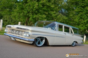 1959-chevy-wagon-on-air-suspension-rusty-town gauge1420230165