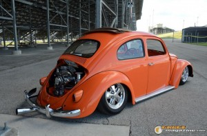 1963-vw-beetle-lowered-10 gauge1435682438