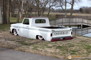 custom-chevy-c10-16 gauge1370208397