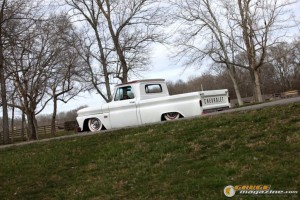 custom-chevy-c10-21 gauge1370208392