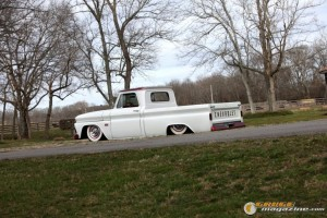 custom-chevy-c10-22 gauge1370208391