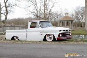 custom-chevy-c10-5 gauge1370208395