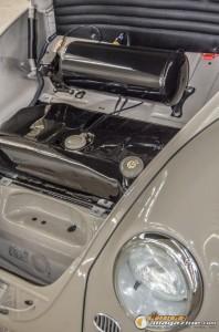 1966-vw-bug-air-suspension-3 gauge1412199479