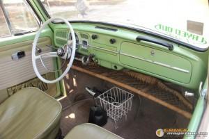 1967vwbugcliftonbrown-9 gauge1393615783