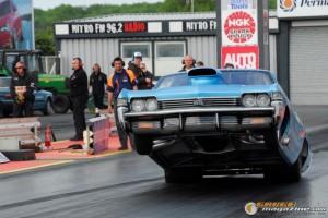 1968-chevy-impala-drag-racing-car-29 gauge1414512305