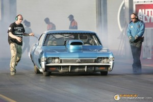 1968-chevy-impala-drag-racing-car-7 gauge1414512308