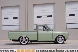GaugeMagazine 1968 Datsun 005