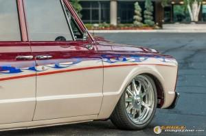custom-1969-chevy-suburban-11 gauge1422891968