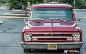 custom-1969-chevy-suburban-18 gauge1422891971