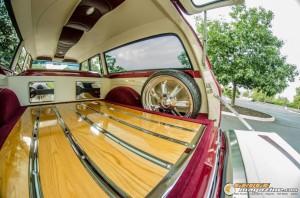custom-1969-chevy-suburban-20 gauge1422891979