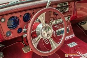 custom-1969-chevy-suburban-22 gauge1422891977