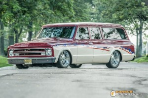 custom-1969-chevy-suburban-4 gauge1422891967