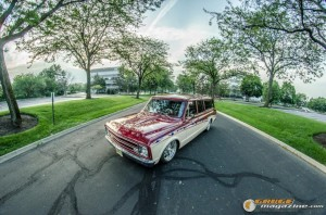 custom-1969-chevy-suburban-5 gauge1422891980