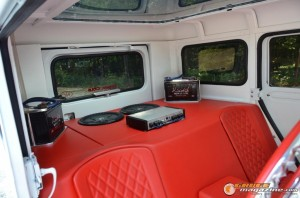 1972-postal-jeep-custom-build-10 gauge1458681660