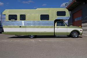 1970-Chevrolet-3500-Custom-Camper (29)