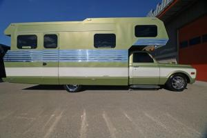1970-Chevrolet-3500-Custom-Camper (36)