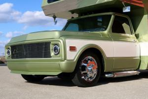 1970-Chevrolet-3500-Custom-Camper (37)