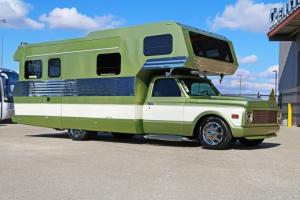 1970-Chevrolet-3500-Custom-Camper (7)