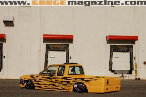 GaugeMagazine Mazda B2000 001