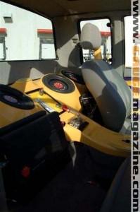 GaugeMagazine Mazda B2000 001a