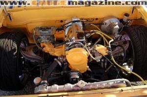 GaugeMagazine Mazda B2000 006