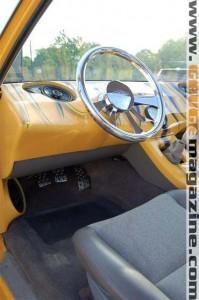 GaugeMagazine Mazda B2000 006a