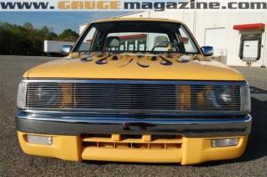GaugeMagazine Mazda B2000 010