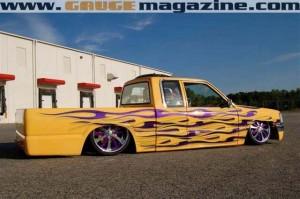 GaugeMagazine Mazda B2000 012