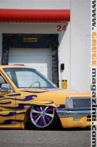 GaugeMagazine Mazda B2000 018a