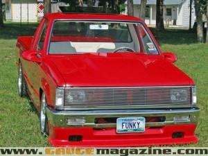 GaugeMagazine Dodge D50 002