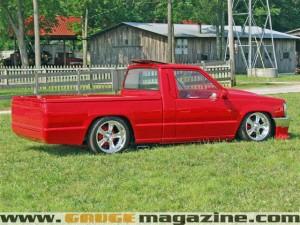 GaugeMagazine Dodge D50 012
