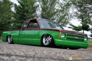 1990-chevy-s10-body-drop-robert-conroy-6 gauge1420230323