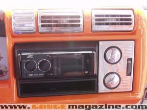 GaugeMagazine Castle 1997 Chevy Blazer 011