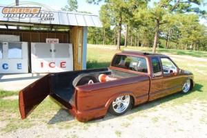 GaugeMagazine 2010 ChevyS10-2 015
