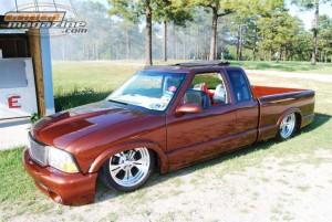 GaugeMagazine 2010 ChevyS10-2 021