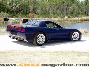 GaugeMagazine 2001 Corvette C5R 002